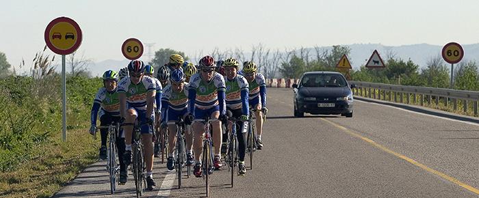 Renovar carné de conducir: Motos y bicis, protagonistas de una nueva campaña