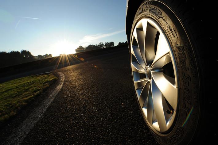 Psicotécnicos: Así influye el estado de los neumáticos en el medio ambiente