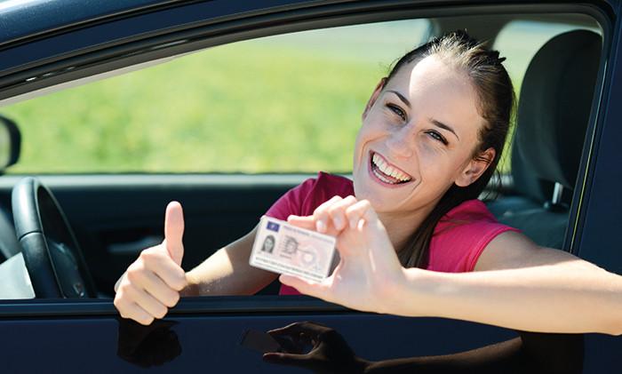 Renovar carné de conducir: Me caduca el carnet de conducir, ¿qué tengo que hacer para renovarlo?