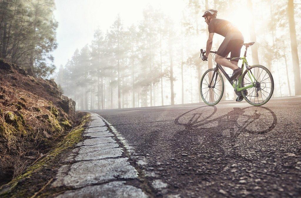 Renovar carné de conducir: Así afecta a los ciclistas el (mal) estado de las carreteras