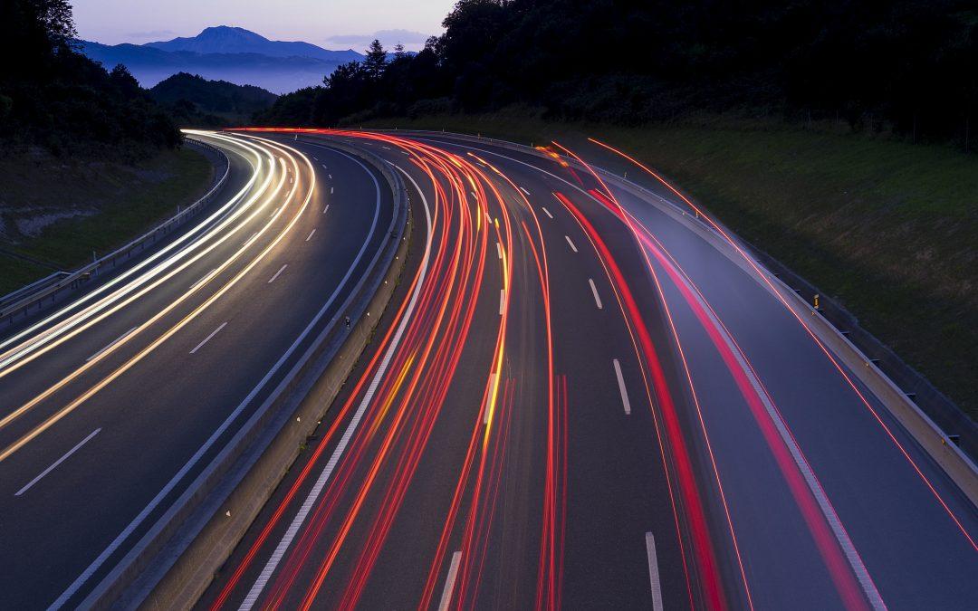 Renovar carné de conducir: Reducir la velocidad en las carreteras para salvar vidas. Francia ya lo aplica