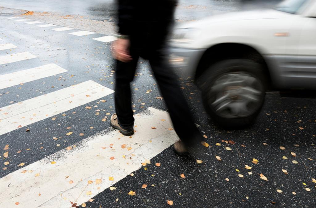 Renovar carné de conducir: El peligro de girar a la izquierda