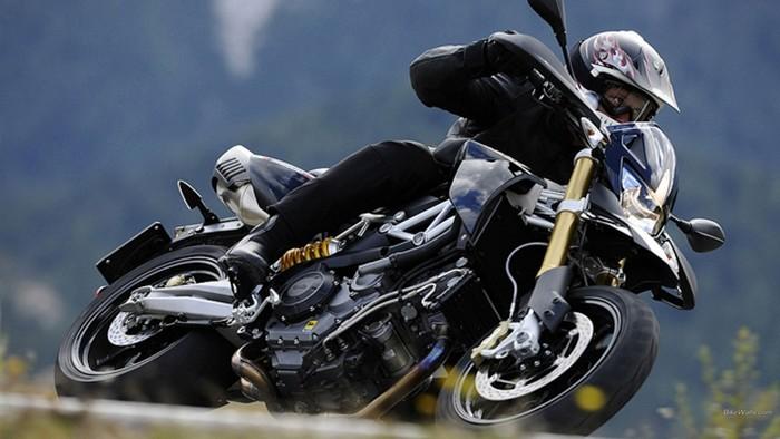 Psicotécnicos: Velocidad y obstáculos, las causas de las caídas de moto