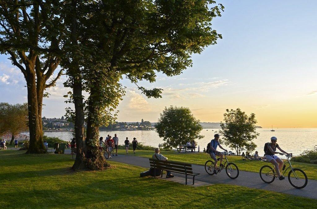 Renovar carné de conducir: Llega el verano y con él los ciclistas: consejos básicos para circular en bici