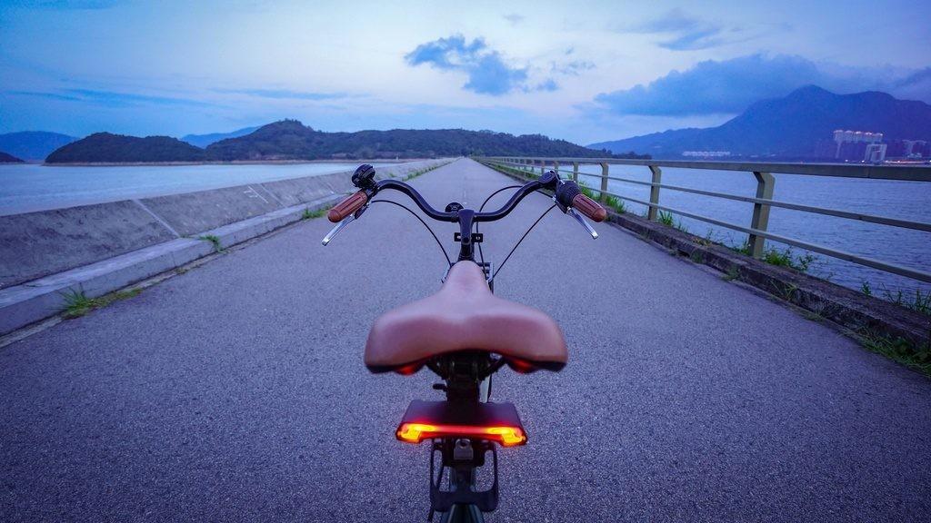 Psicotécnicos: ¿Es posible una bicicleta con luces intermitentes?