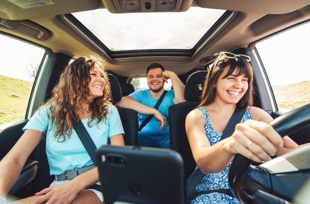 Renovar carné de conducir: Cómo utilizar Android Auto mientras conducimos