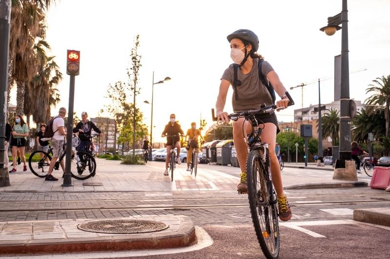 Psicotécnicos: Cuándo y para qué puedes usar la moto, la bici y el patinete eléctrico durante la desescalada