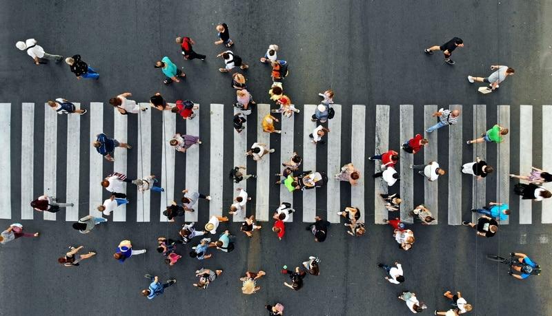 Renovar carné de conducir: Ser peatón en la «nueva normalidad»: normas para recordar, normas para aprender