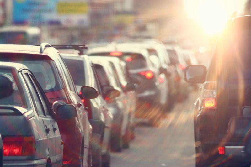 Renovar carné de conducir: Consejos a la hora de conducir si se tiene jornada intensiva en el trabajo